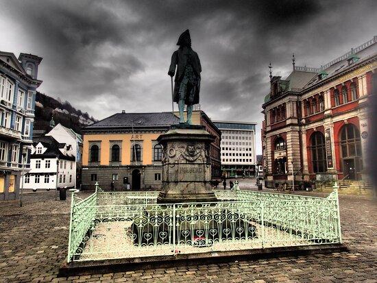 Ludvig Holberg Statue