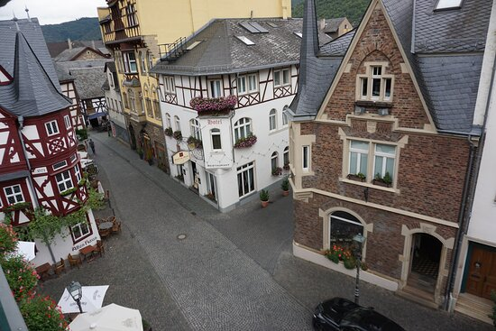 A view of the market square of Bacharach
