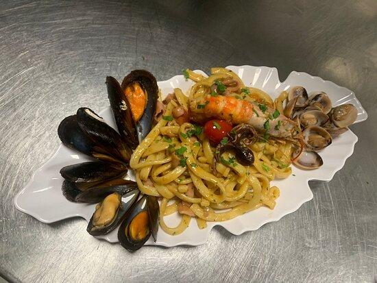 La Piazzetta GranVia Food