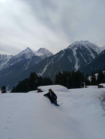 Kashmir winter Trek