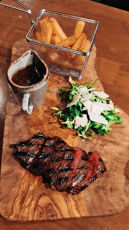 Onglet Steak, Peppercorn Sauce