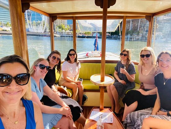 Viaje de regreso en ferry Elizabeth Quay a Claisebrook Cove: A great space to hold a meeting and wonderful to be out of the office and get the creative ideas flying