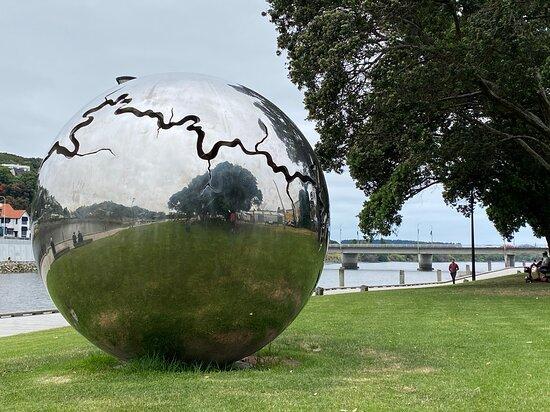 Bearing Outdoor sculpture