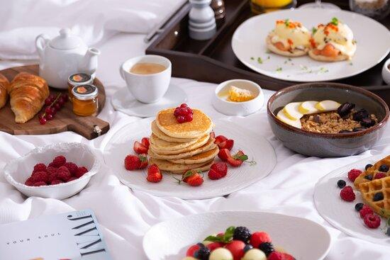 In-Room Dining - Breakfast in Bed