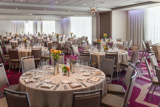 L.A. Ballroom – Banquet Setup