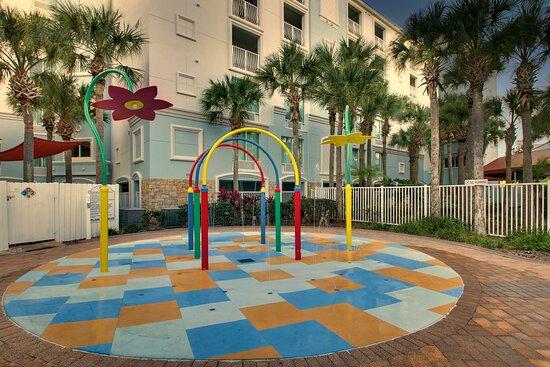 Children's Splash Pad - Outdoor Pool Area