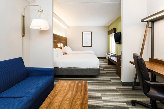Two Queen Beds with Seating Area at Holiday Inn Express Langhorne