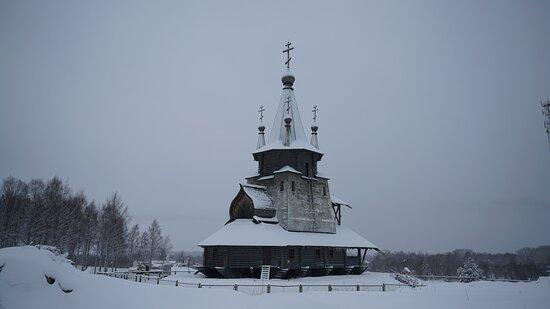 Povenets, Russia: Храм Святителя Николая