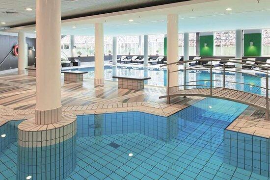 Active Club pool