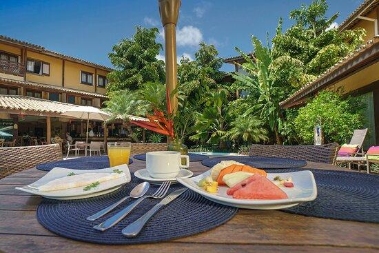 Café da Manhã Área da Piscina