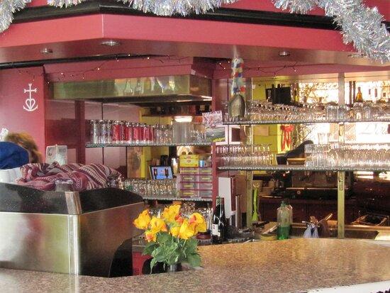 Peseux, Suisse : le bar