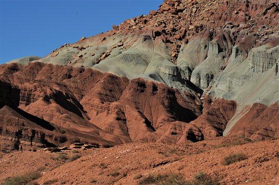 All'interno del Parco nazionale di Capitol Reef - Utah - USA. Cliccare sulla foto per vederla come scattata.