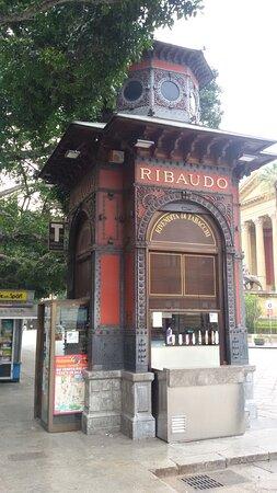 Chiosco Ribaudo di Ernesto Basile - Palermo.