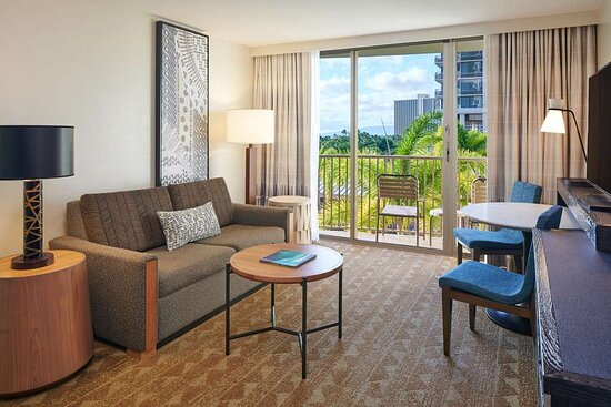Embassy Suites By Hilton - Waikiki Beach Walk