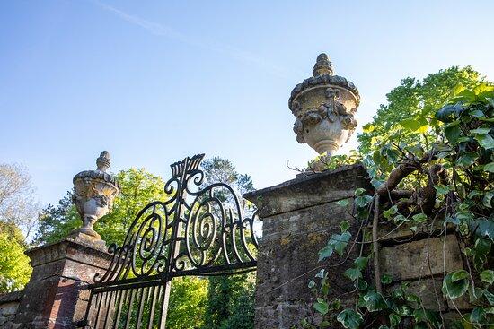 Garden features - historic