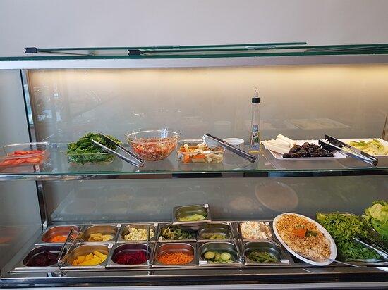 Opções em saladas no self-servive