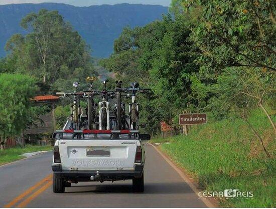 Tiradentes tem muitas opções de passeios ( Bike, caminhadas, cavalo, motos) Cesar Reis compartilha seu olhar @cesar_ciclofototurismo
