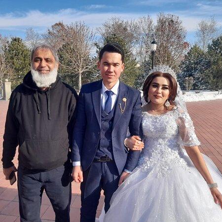 Uzbekistan: Happy wedding