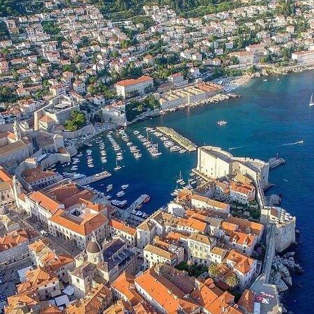 Dubrovačko-neretvanska županija, Hrvatska: Apartmnet:Styunning Sea and Old Town View