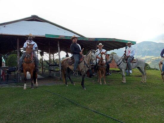 Medellin Paradise Travel