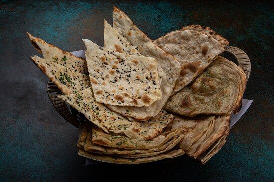 Mix Bread Basket