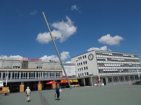 Kulturbahnhof mit Carricatura