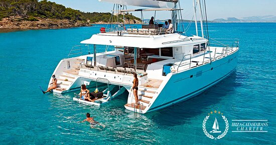 San Antonio Bay, Spain: Catamaran Alquiler Ibiza