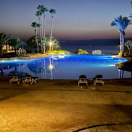 Infinity pool with Dead Sea view