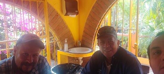 Chamela, México: El grupo  para de perro