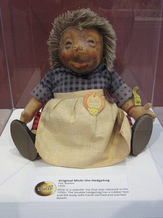 Field House Museum_Steiff Original Micki the Hedgehog