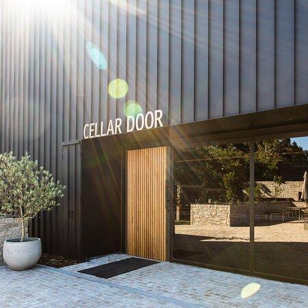 Ten Minutes by Tractor Cellar Door & Terrace