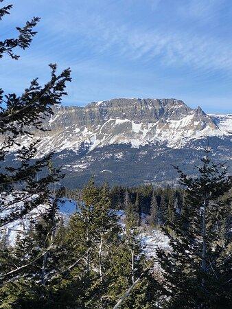 East side of Glacier National Park from US 89