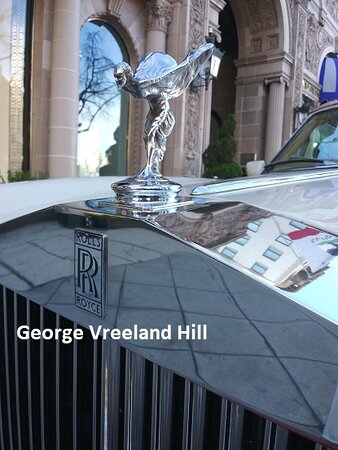 A Rolls-Royce at the Beverly Wilshire Hotel in Beverly Hills.  Photo by, George Vreeland Hill