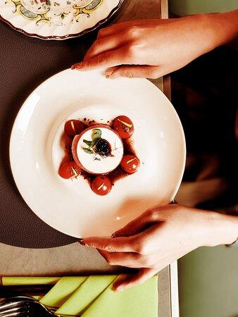 素芝士·蕃茄·黑醋珍珠