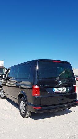 Málaga, España: VW Caravelle