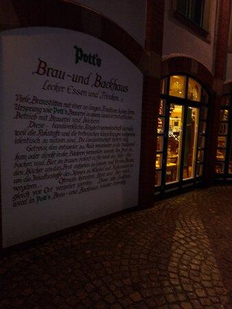 Oelde, Germany: Очень люблю эту марку немецкого пива Pott's. I love this brand of German beer Pott's.