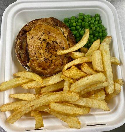 Acle, UK: Take Away Pie