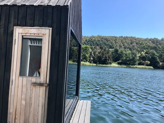 Floating Sauna Lake Derby