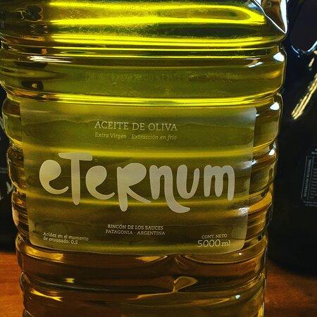 Rincon de los Sauces, Argentinien: 5 litros
