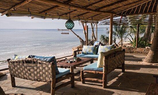 Restaurant terrace at Mbuyyu Beach (Msambweni, South Coast, Kenya)