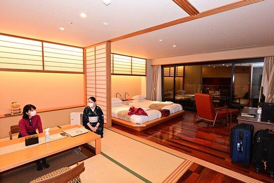 Standard Japanese-Western Room, 66m²