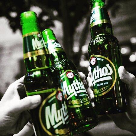 Birra Mythos.