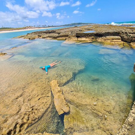 Bar do doído cabo de Santo Agostinho... praia de Suape.