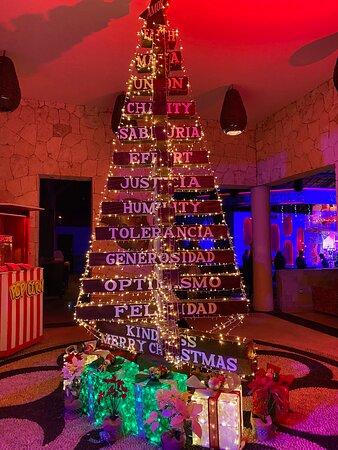 Best Christmas Tree! 👌👌👌