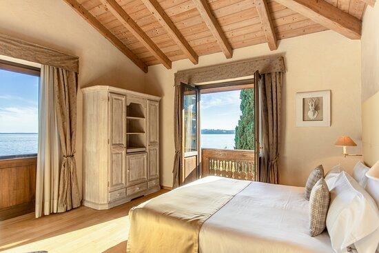 Villa Principe - Superior Lake View Room