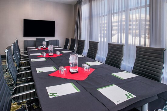 Host a meeting in one of our spacious boardrooms.
