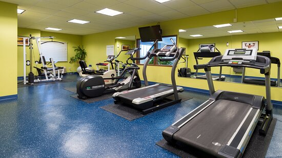Fitness Room with Elliptical, Treadmill, Bike and Free weights