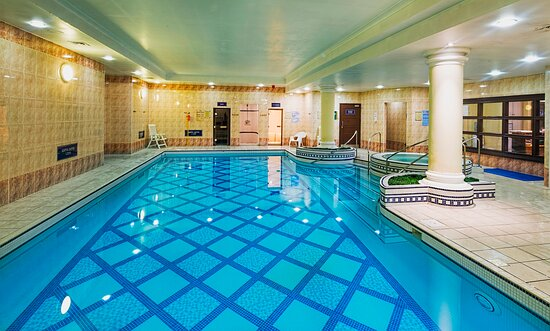 Thistle Barbican Swimming Pool 3