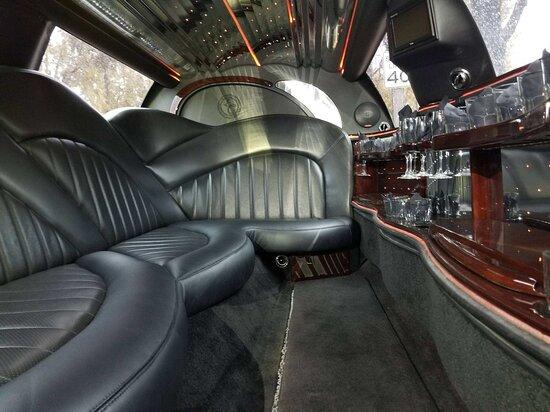 Santa Ynez Valley, แคลิฟอร์เนีย: Inside the Limousine