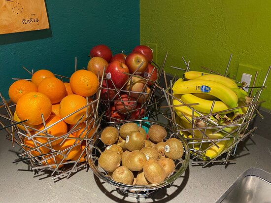 Need a healthy snack that's quick and easy? We have got you covered! Our lobby is always stocked with fresh fruit, for a nice grab and go treat! Visit us: www.northrupstation.com!